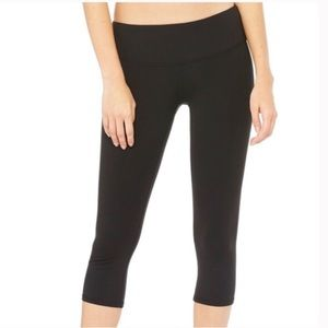 ALO Yoga Black Crop Leggings Size Medium
